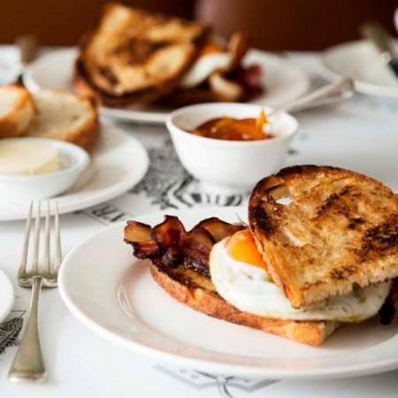 quo_vadis_breakfast