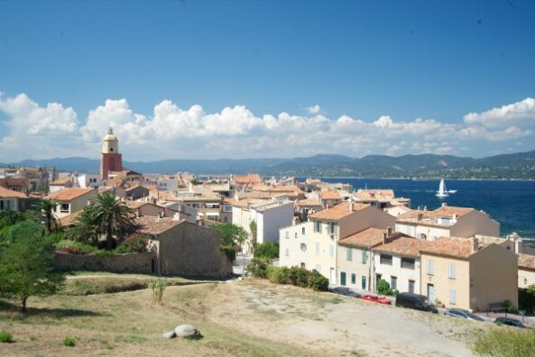 Nina parker 39 s favorite restaurants in st tropez a little - Restaurant la table du mareyeur port grimaud ...